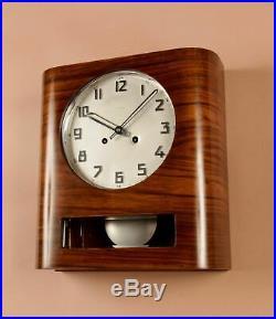 A Very Stylish Walnut Kienzle Art Deco Wall Clock Circa 1940