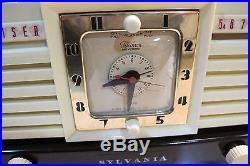 Bakelite Art Deco Tube Radio Clock Vintage Sylvania 540m Beautiful Works