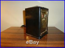 General Electric Art Deco black Bakelite Clock AB8B02 / Works great