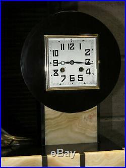 Grande statue horloge chryselephantine Art Deco marbre clock