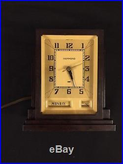 Hammond Art Deco Bakelite Desk Clock machine age / industrial styling-skyscraper