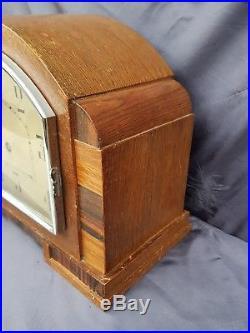 Nice art deco jahresuhrenfabrik mantel clock. Ca 1930-1950s