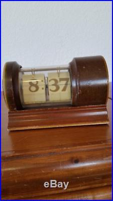 Rare 1930's Art Deco New Haven Cylindrical Flip Clock