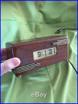 Vintage Lawson Art Deco Clock Model P-40 Style No. 215 1930's. Works Great
